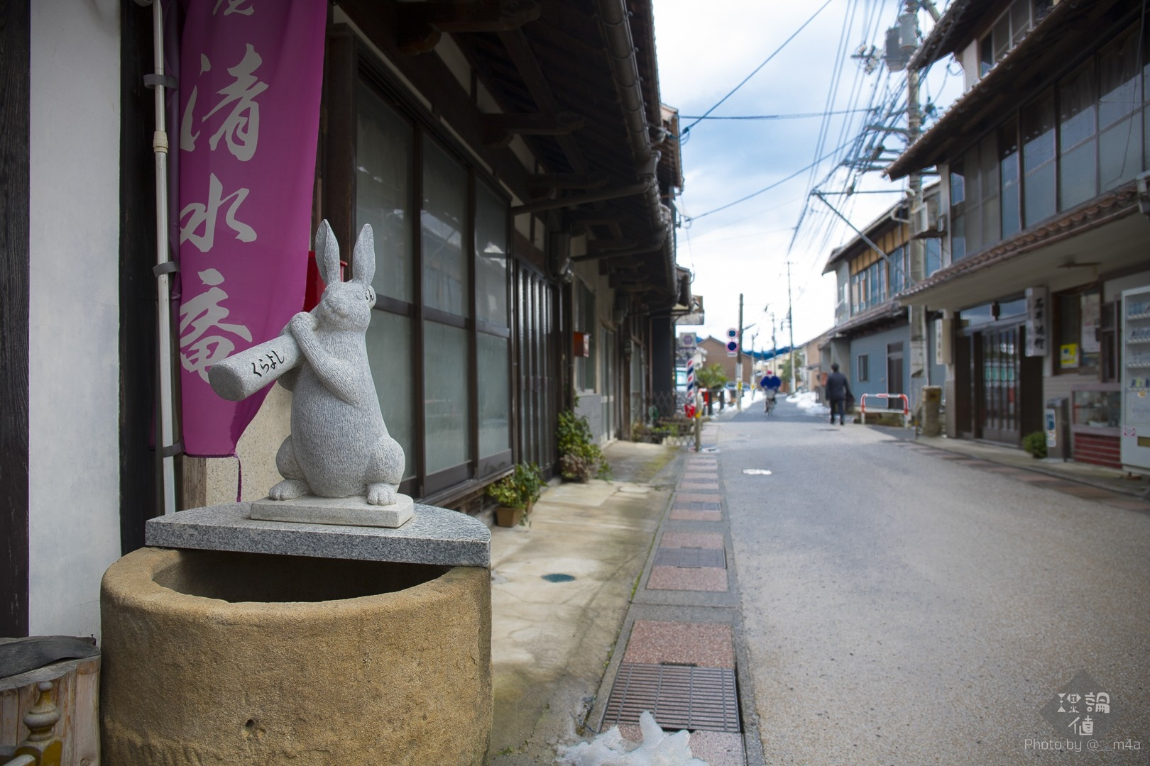 商店街の兎のオブジェ